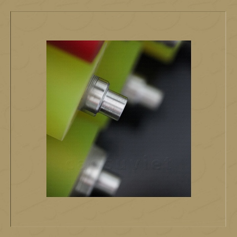 Polyurethane conveyor roller | Viet Rubber Corporation